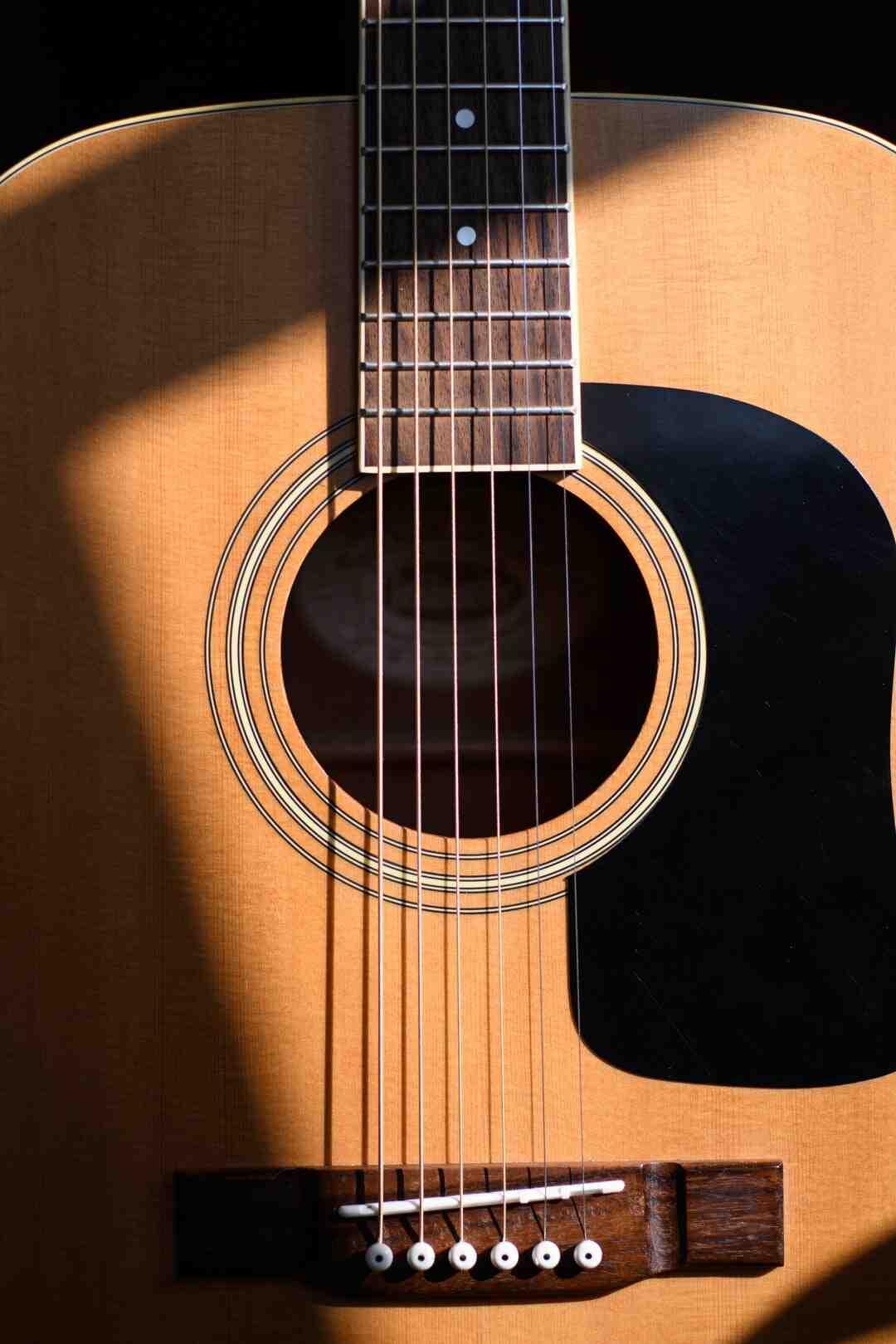 Comment installer des pédales pour guitare
